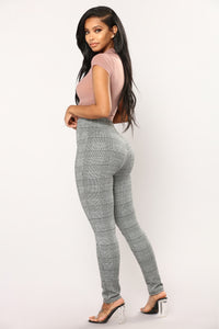 Halsey Houndstooth Leggings - Black/White