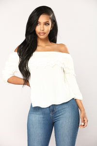 Skylar Off Shoulder Top - Off White