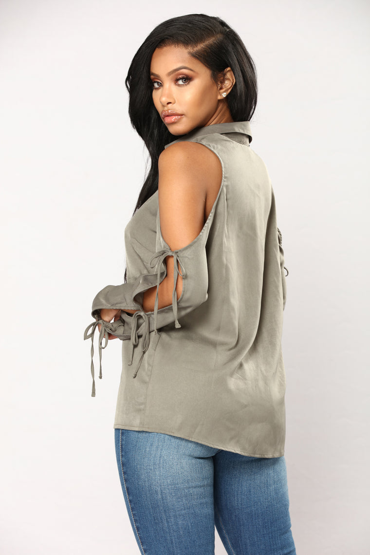 Lizbeth Button Down Top - Olive