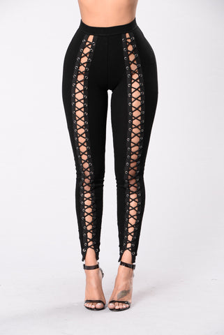 X Marks The Spot Legging - Black