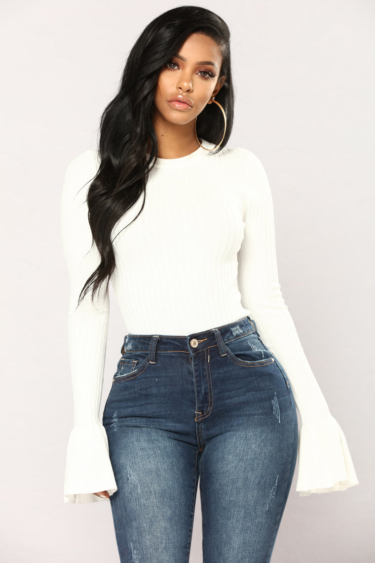 Yana Ribbed Bell Sleeve Top - Ivory