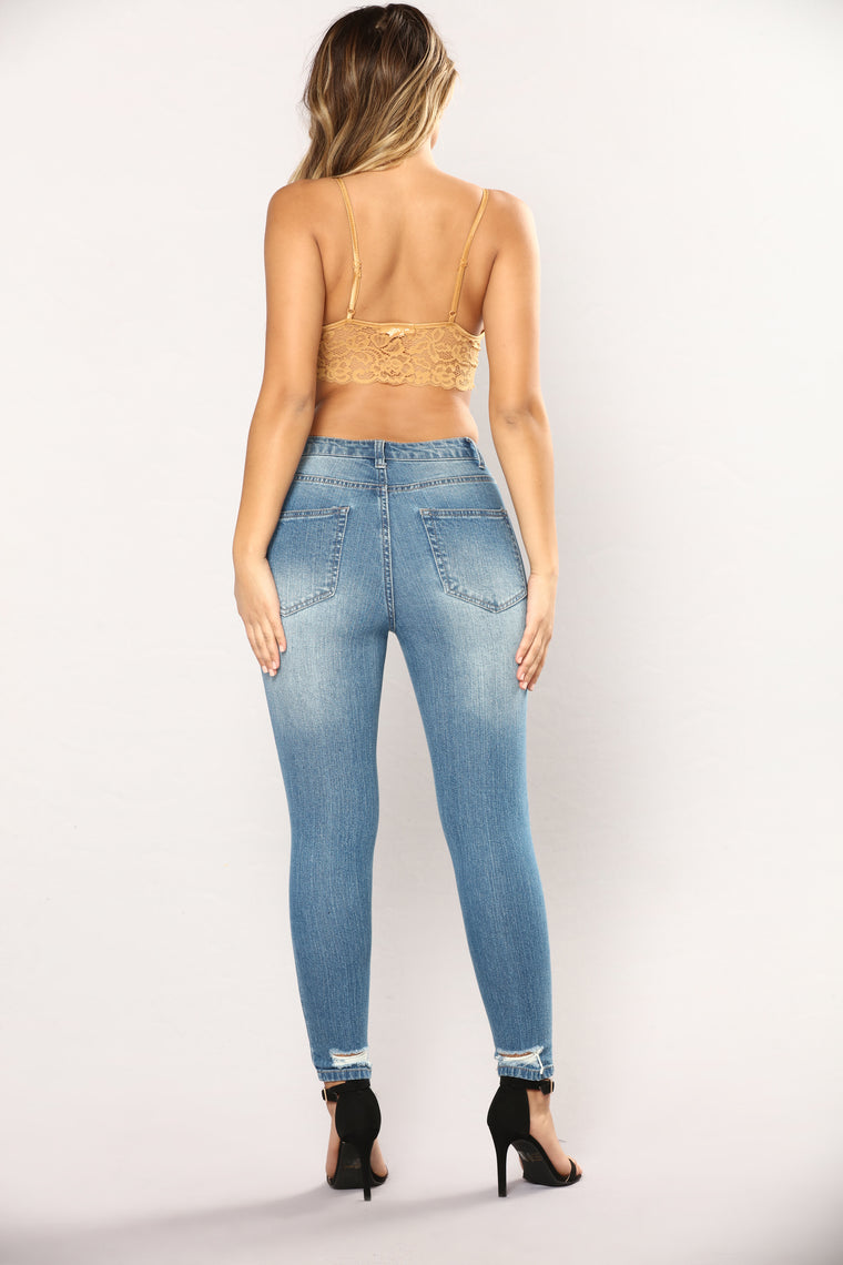 Where My Girls At Ankle Jeans - Medium Blue Wash