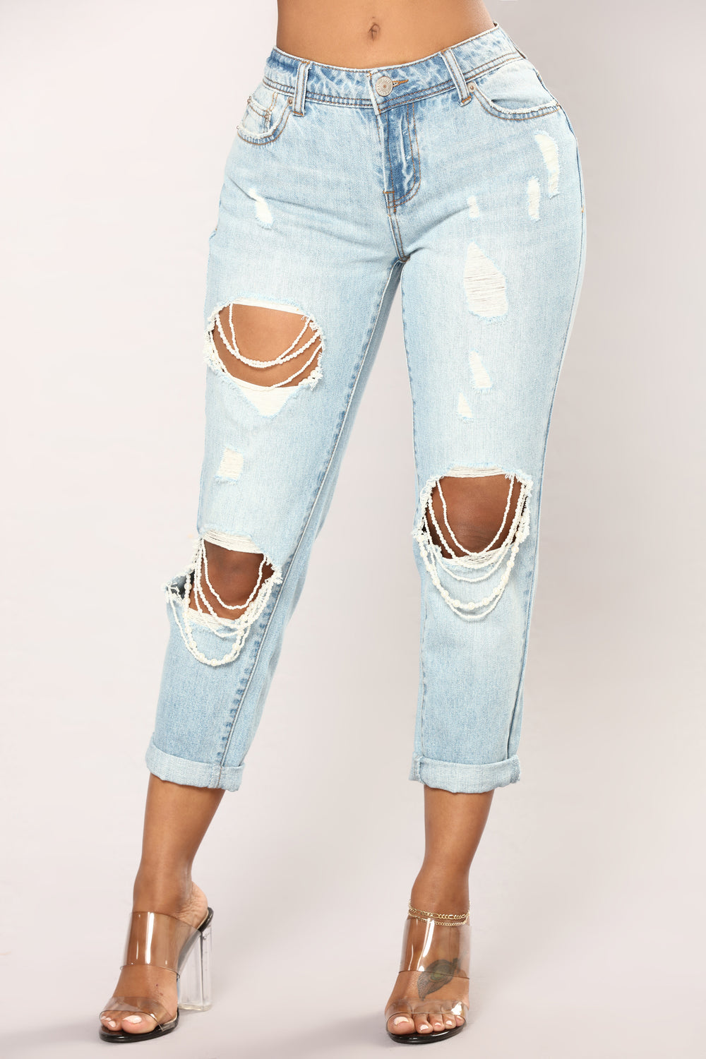 Who's Loving You Boyfriend Jeans - Light Blue Wash