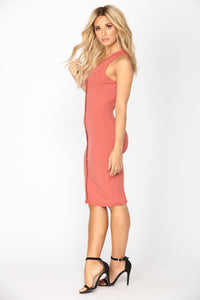 Alisa Ribbed Dress - Marsala Angle 3