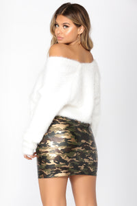 Homey Fuzzy Cardigan - White