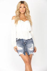 Gabrielle Off The Shoulder Top - Off White