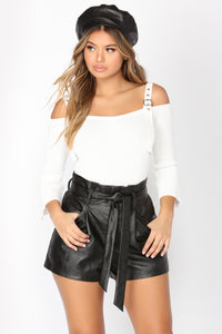 Plain Parade Buckle Top - Ivory
