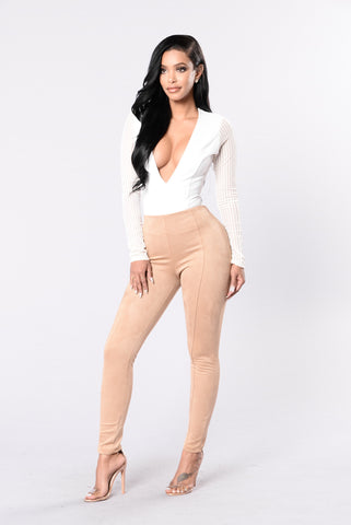 The Sophisticated Pant - Taupe
