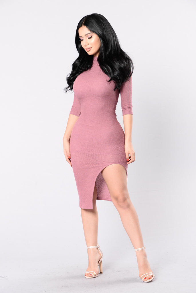 Electric Avenue Dress - Mauve