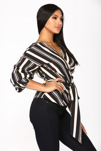 Beverly Brunch Wrap Top - Navy
