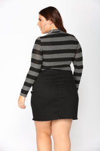 Steady Switching Stripe Top - Grey/Black