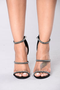 Diamond In The Sky Heels - Black
