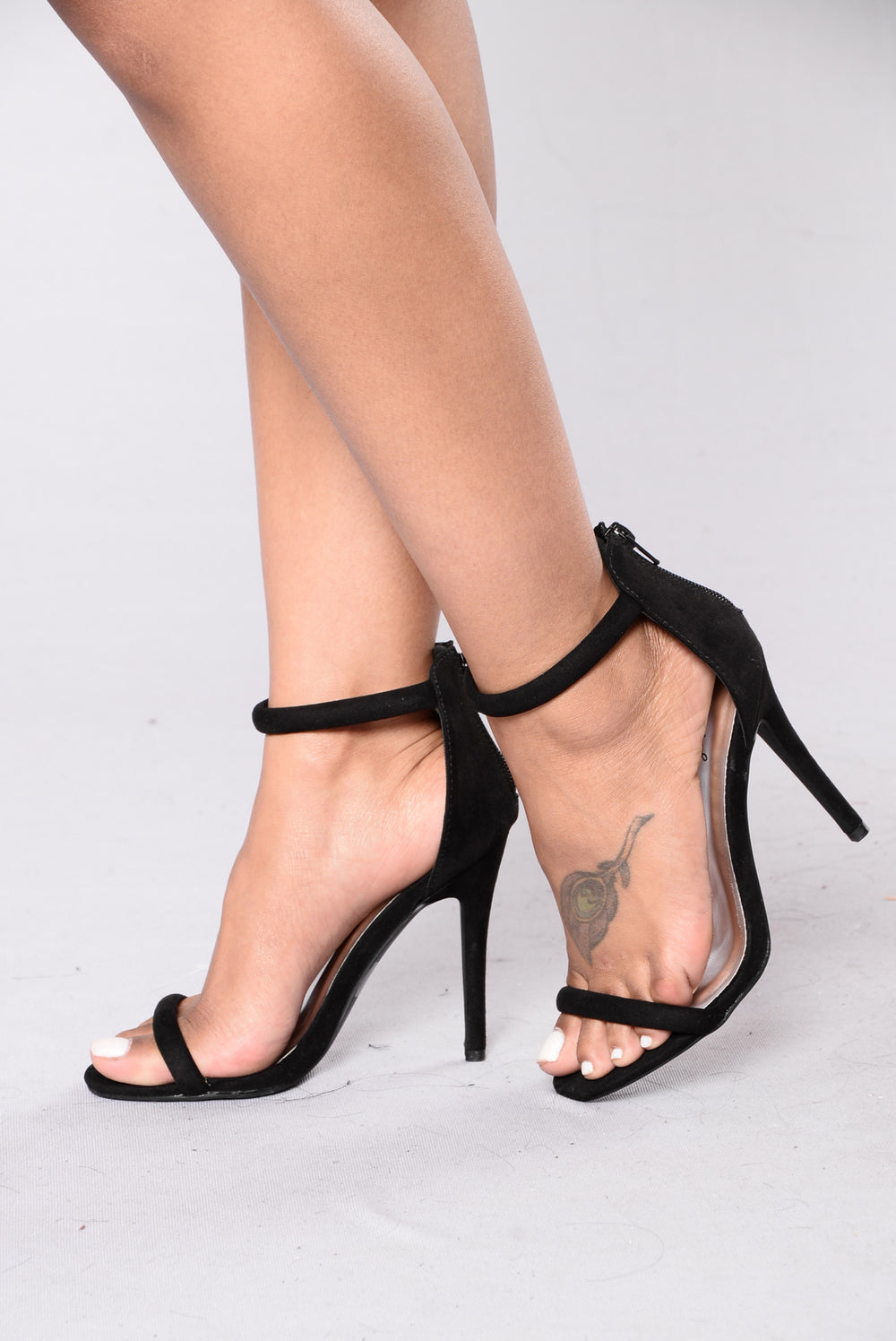 Anything But Basic Heels - Black