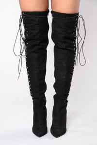 Unwind Me With Your Mind Boot - Black
