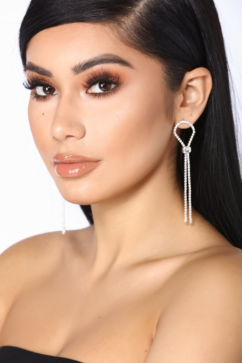 Knot That Into You Earrings - Silver