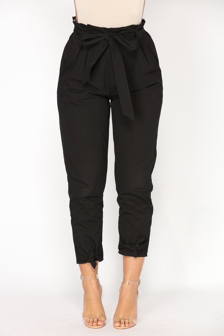 Going On An Adventure Cargo Pants - Black