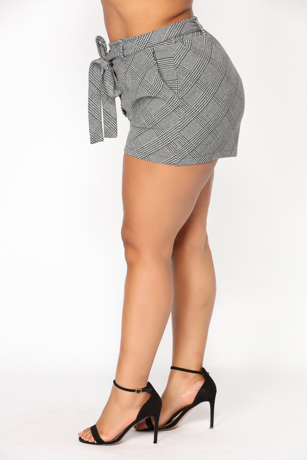 Pammy Plaid Shorts - Black/White