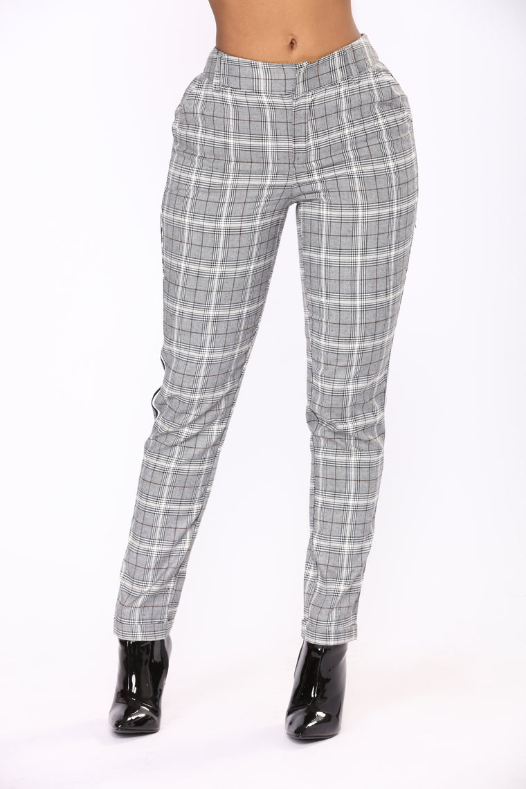 Check Me Out Plaid Pants - Red/Black