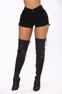 Live The Fantasy Denim Shorts - Black Angle 2