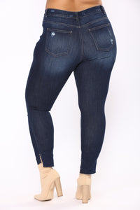 Get To Stepping Ankle Jeans - Dark Denim