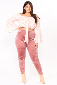 Look But Don't Touch Leggings - Mauve