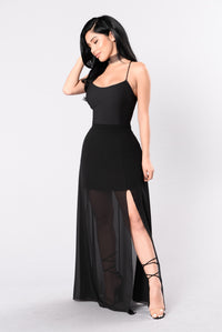 Sweep Me Off My Feet Dress - Black