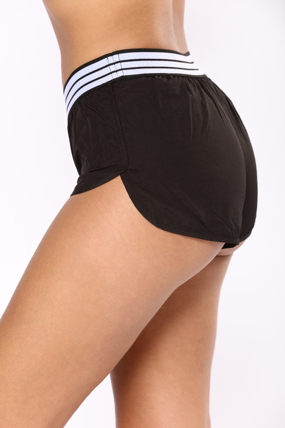 Like The Wind Active Shorts - Black