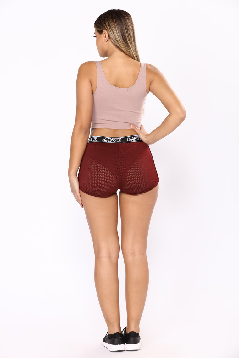 Running Babe Active Shorts - Burgundy