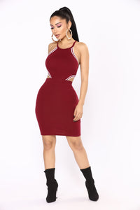 Outfield Cutout Dress - Wine