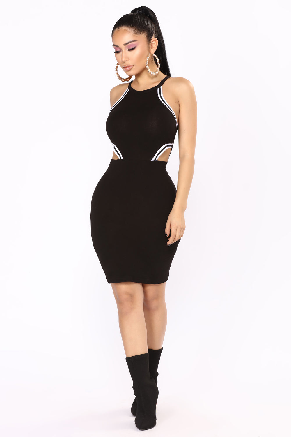 Outfield Cutout Dress - Black