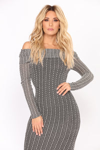 Lelah Off Shoulder Dress - Black/White