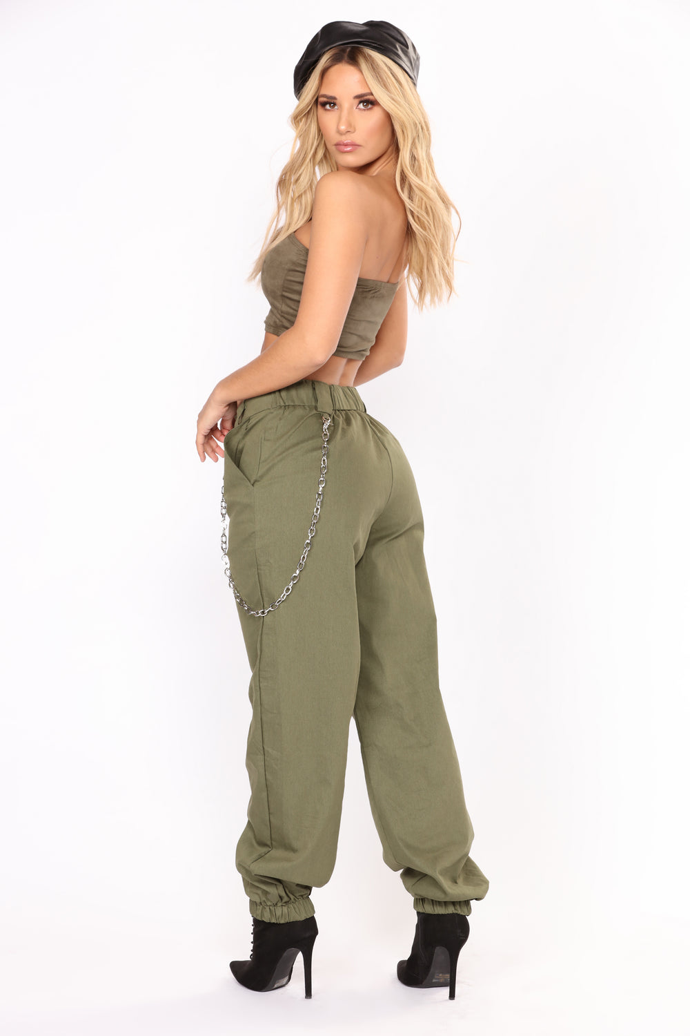 Chained To Your Love Joggers - Olive