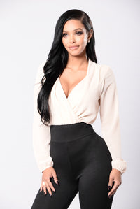Hourglass Illusion Jumpsuit - Oatmeal/Black