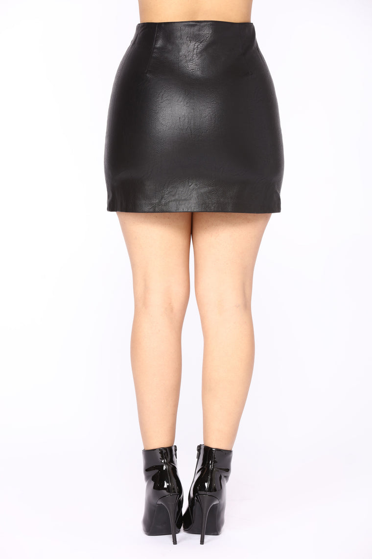 Running Through Lovers Leather Skirt - Black