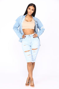 Taste Of You Bermuda Shorts - Light Blue Wash