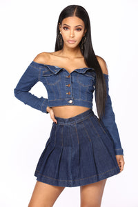 Closer Off Shoulder Woven Top - Dark