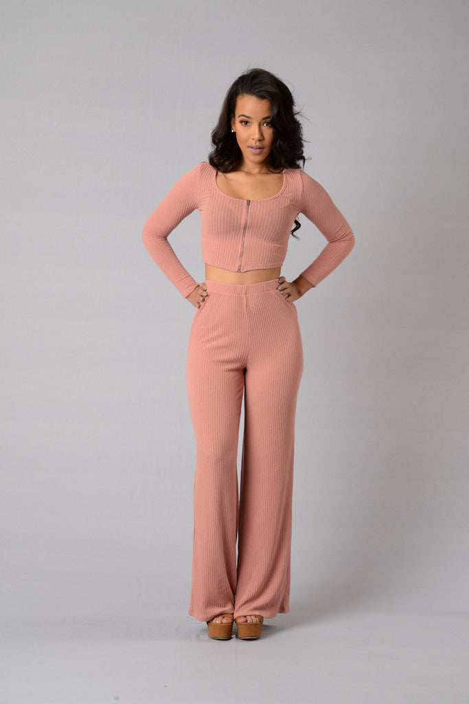 Avery Top - Dusty Pink