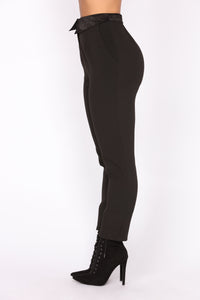 Laurita Cigarette Pants - Black