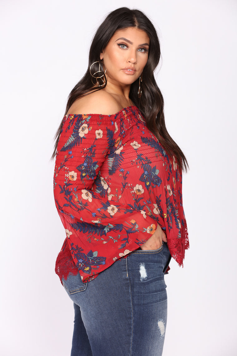 Meadows Off Shoulder Top - Burgundy