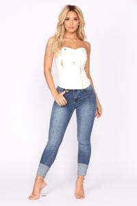 Keep On Walkin' Skinny Jeans - Medium Blue Wash