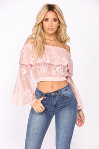 Feeling Romantic Lace Top - Blush