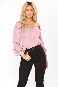 Elana Off Shoulder Top - Mauve