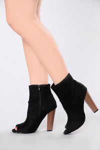 Love Buzz Boot - Black