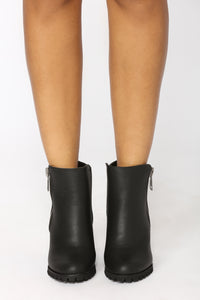 Hannah Have Me Boot - Black