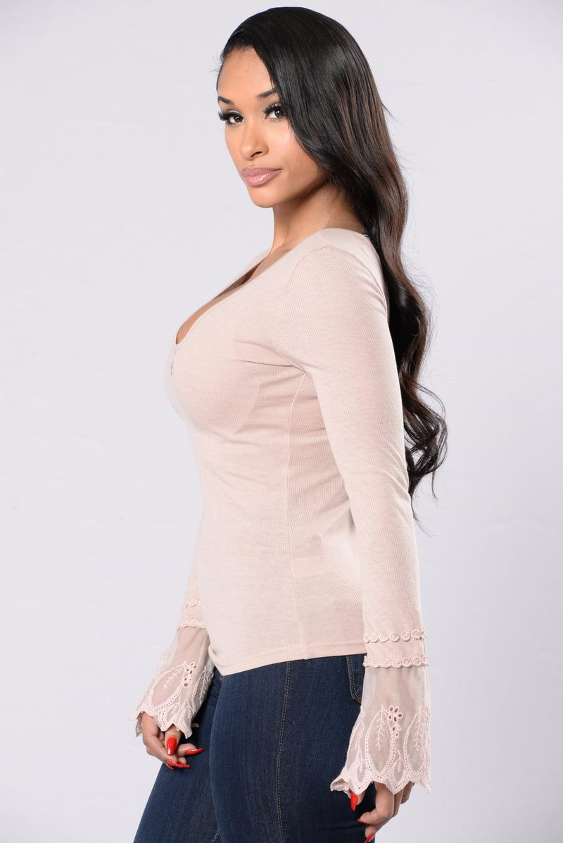 All In The Details Top - Dusty Mauve