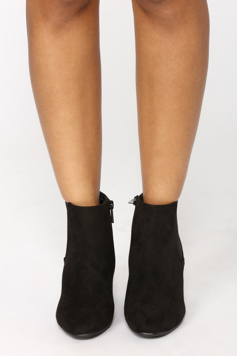 Rylie Ankle Bootie - Black