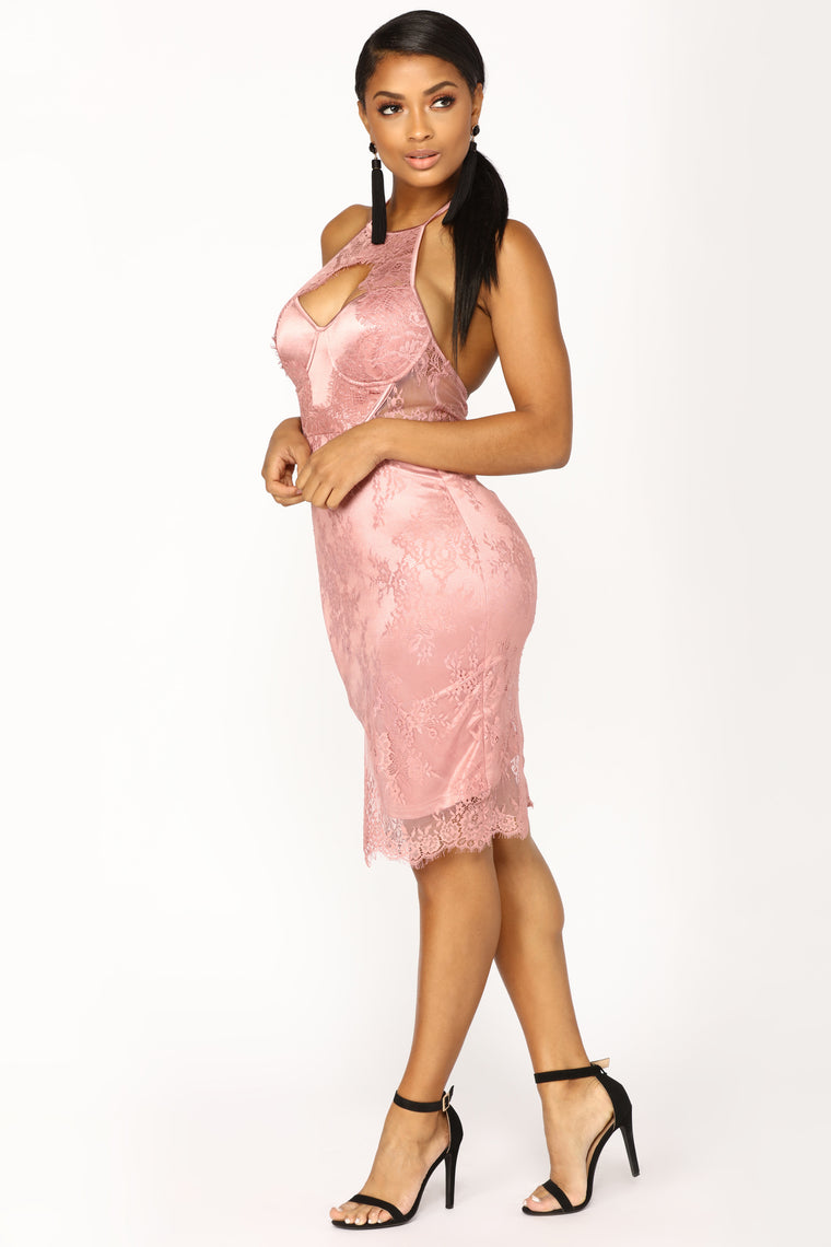 Without Warning Lace Dress - Mauve