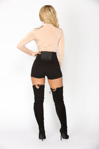 Sarah High Rise Shorts - Black