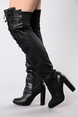 Perfect Form Boot - Black