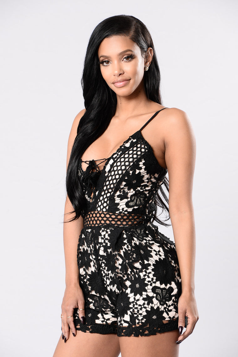 Don't Get It Twisted Romper - Black/Nude